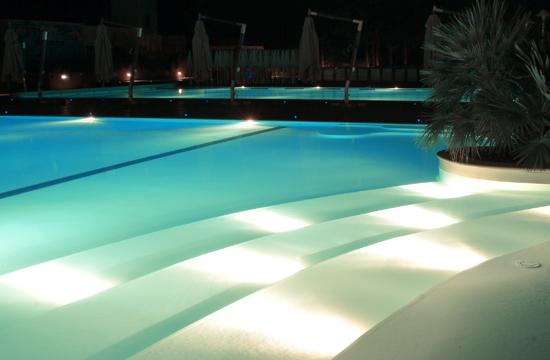 Installazione piscine fuori terra e piscine interrate - Foto piscine interrate ...
